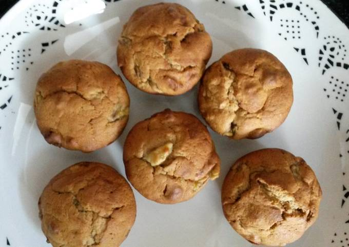 Banana Hazelnut Muffins