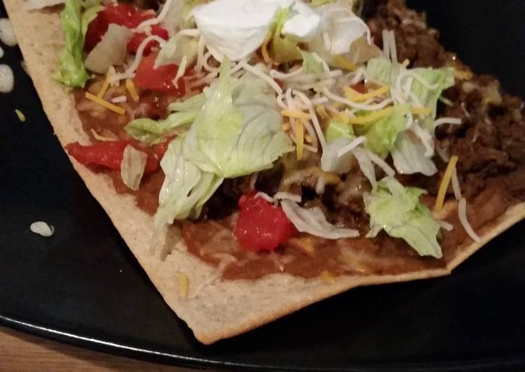 Skinny taco pizza