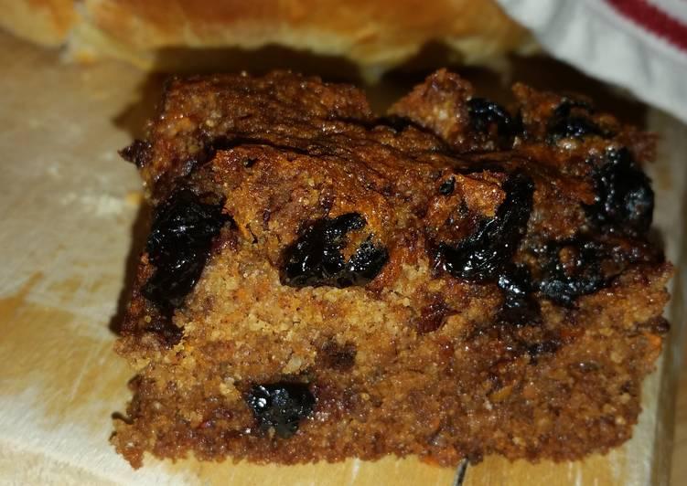 No sugar added gluten free Blueberry carrot protein cake