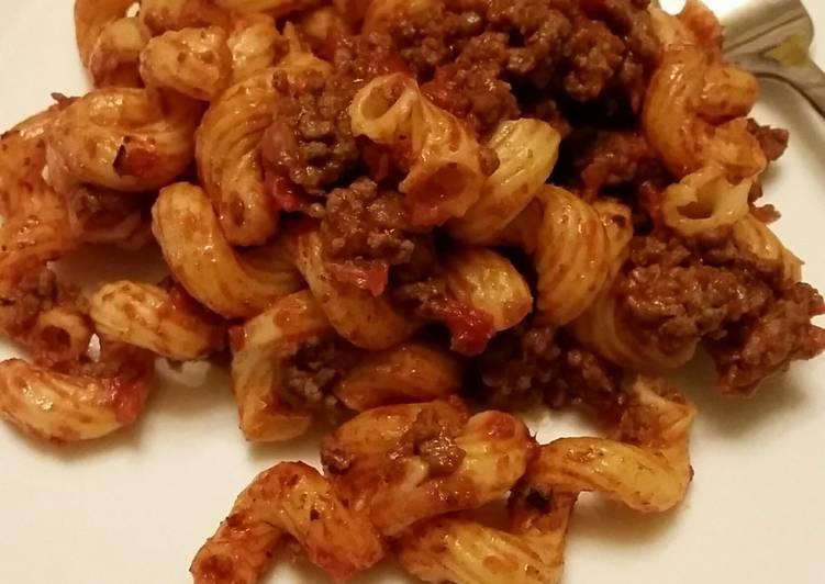 Simple American Chop Suey / American Goulash