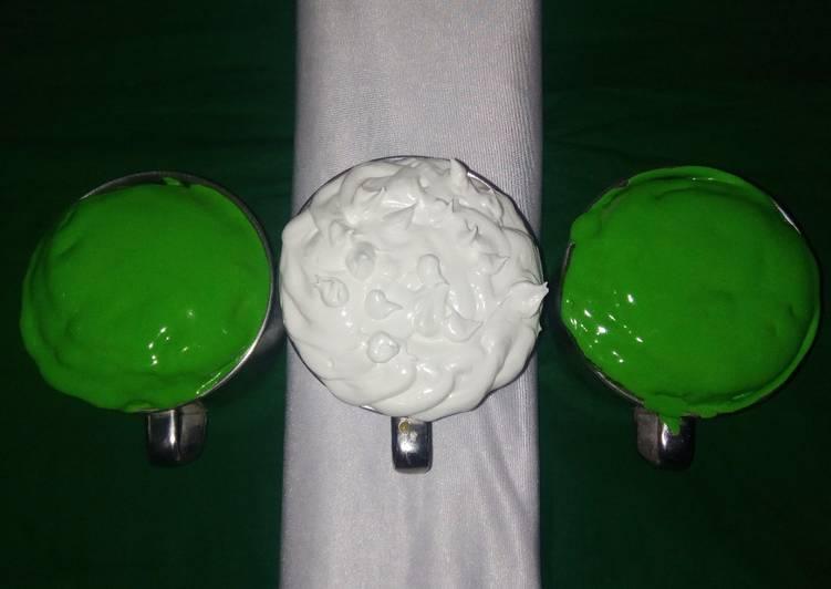 Nigerian Flag Mug Cake