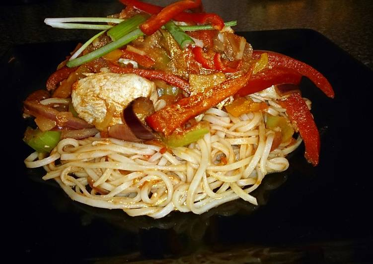 , Recipe: Delicious Chinese chicken stir fry with egg noodles