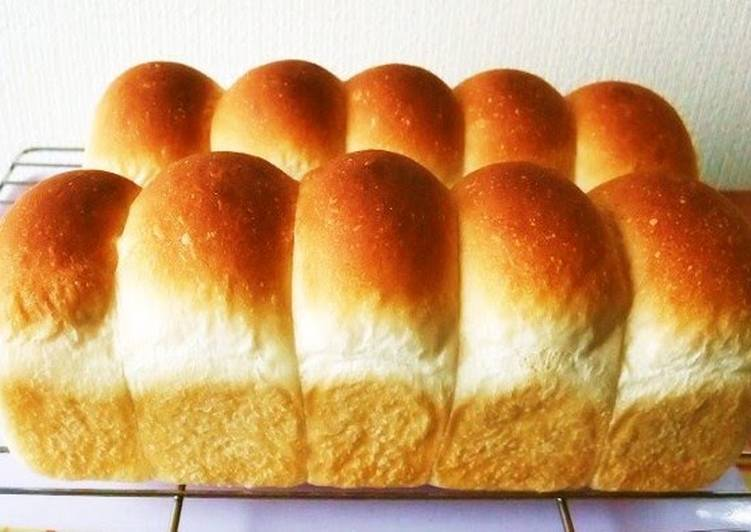 Soft & Moist Mini Roll Loaf In a Pound Cake Pan