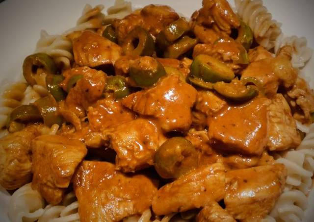 Creamy Balsamic Chicken Fusilli