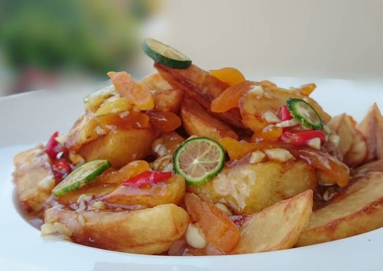 Fried Potato Salad With Garlic And Dried Apricot In Plum Sauce