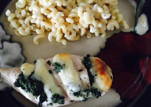 Spinach Mozzarella Hassleback Chicken