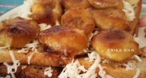 Roti Bakar Pisang Karamel
