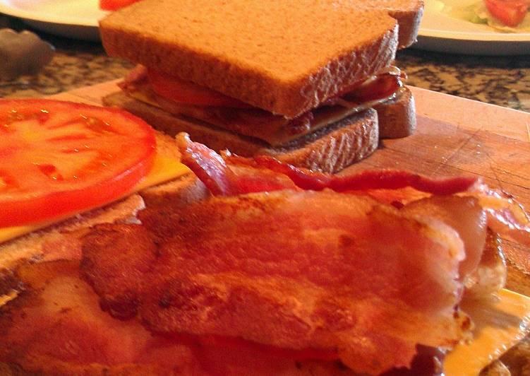 Bacon Tomato and Cheese Panini