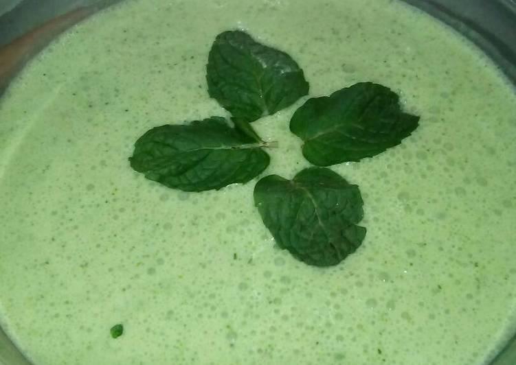 Mint Yoghurt dip by Nancy