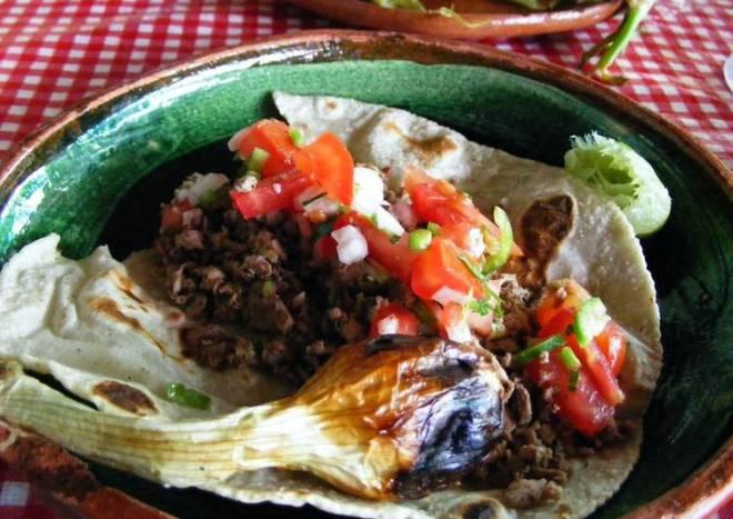 Taco mexicanos campestres o placero de chorizo para la cristiada