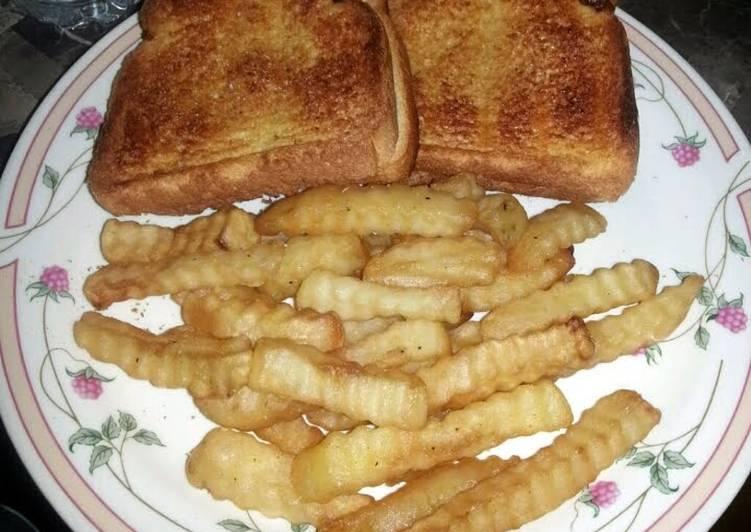 Garlic cheese bread sandwich