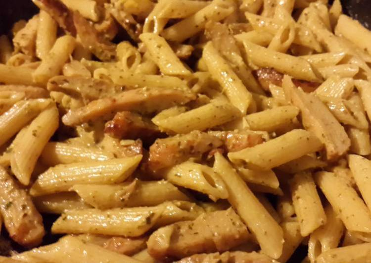 Pasta Pesto Chicken