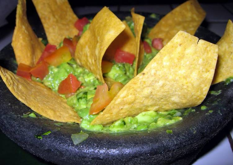Best Spicy Guacamole You'll Ever Taste