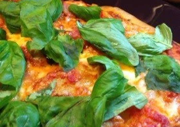 Crispy 5-Minute Pizza Crust with no proofing
