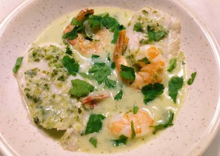 Seafood with homemade green curry
