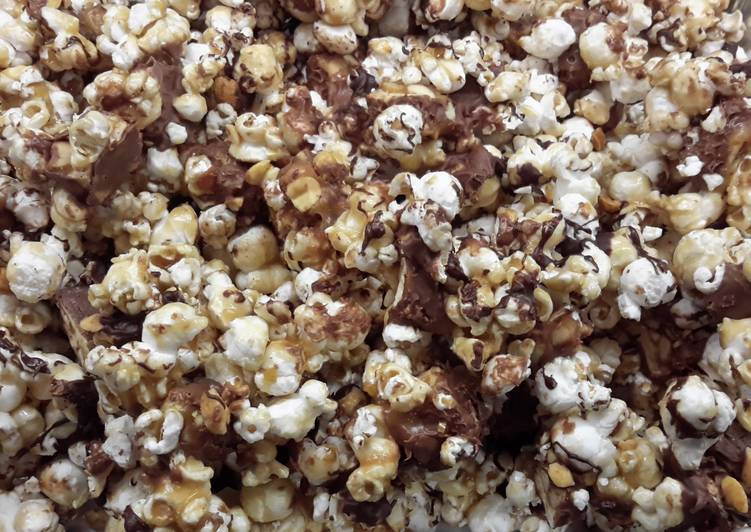 Snicker Candy Popcorn