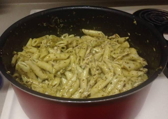 Basil Pesto Pasta W/ Chicken