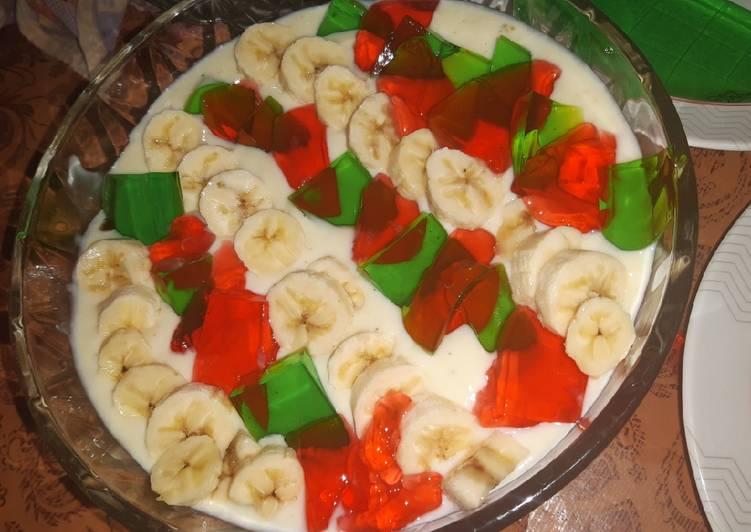 Delicious Banana Custard Trifle