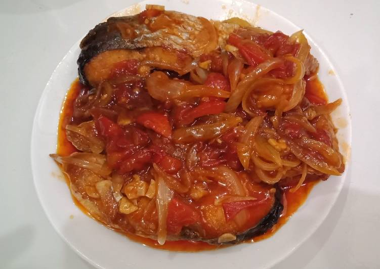 Ikan Patin Saus Tiram