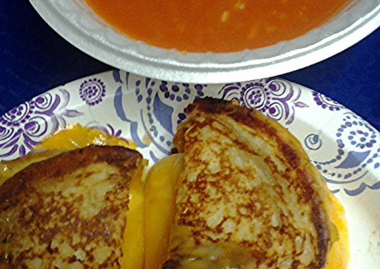 grilled cheese with tomato soup three options