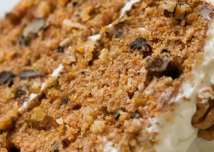 Vickys Crowd-Pleaser Carrot Cake, GF DF EF SF NF