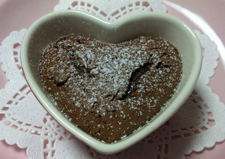 Easy Chocolate Fondant Cake for Valentine's Day