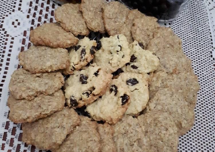 Oat crispy cookies (original, keju, chocochips, kismis, coffe)