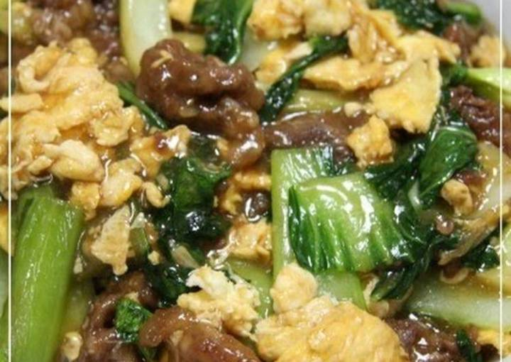Taiwanese Velveted Beef, Egg, and Bok Choy Stir-Fry