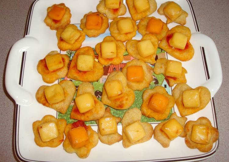 Mini Pizza Bites - For Kids Parties or Appetizers