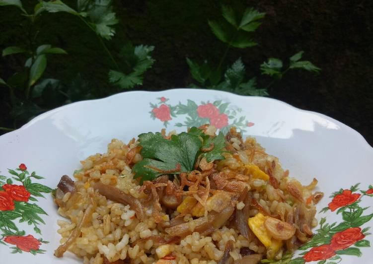 Nasi Goreng Ayam Kampung Suwir