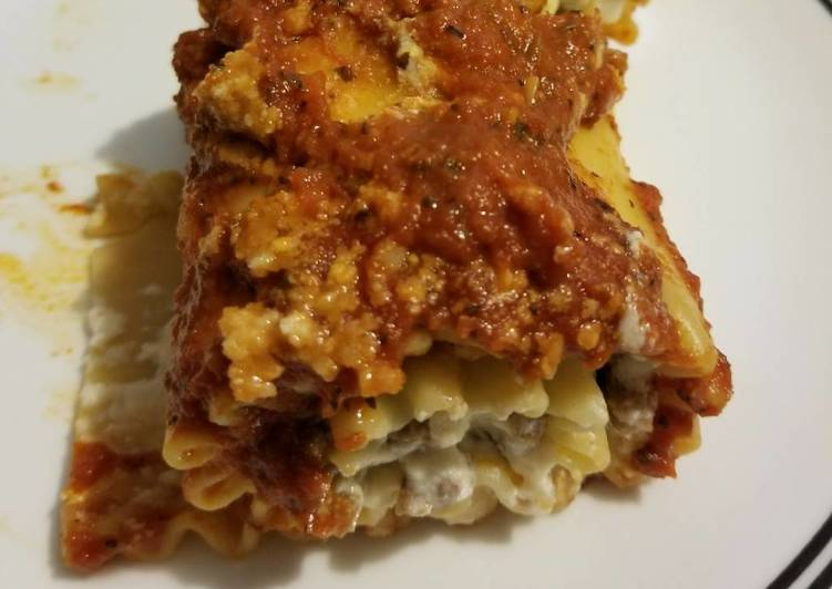 Italian Sausage Lasagna Roll-Ups