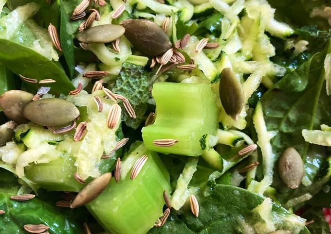 Cool green salad 😎- vegan