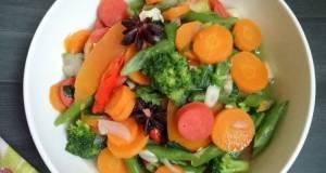 4 Tumis sayuran bumbu rempah