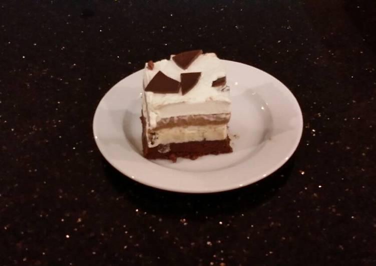 Mint Chocolate Chip Brownie Ice Cream Bars