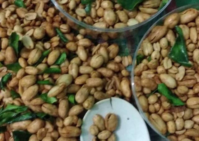 Kacang goreng beraroma