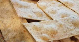 Olive Oil + Whole Grain Crackers