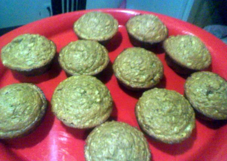 Whole Wheat Banana Date Oatmeal Muffin