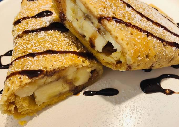 Banana 🍌 Peanut 🥜 Butter Stuffed Pancake 🥞