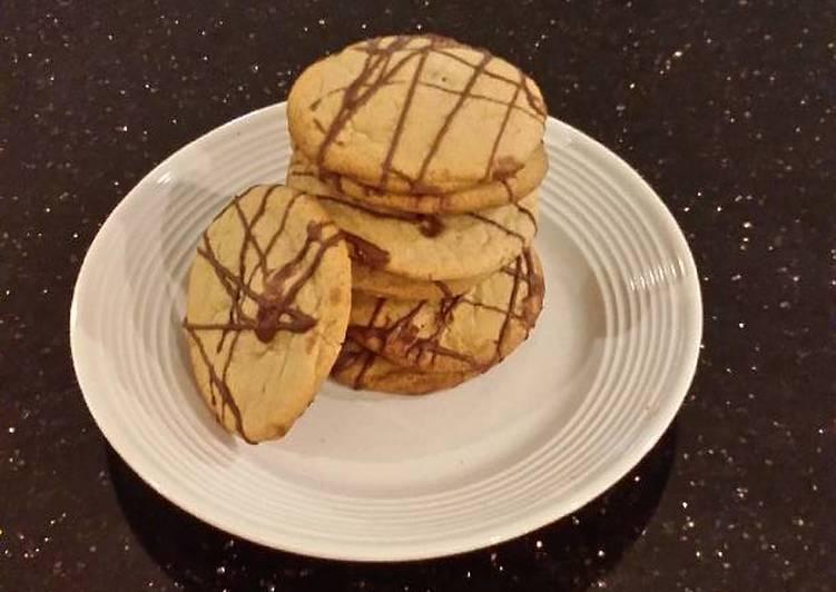 Chocolate Mint Center Cookie Crisps
