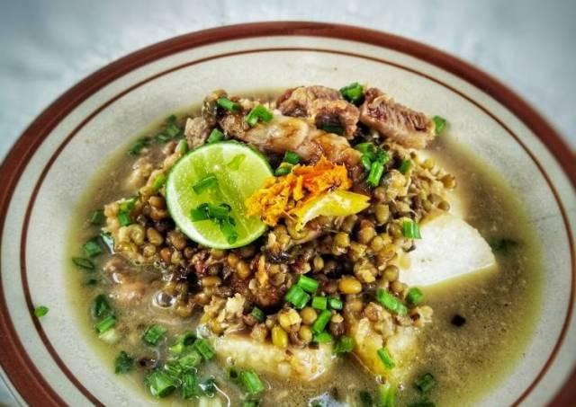 Kaldu Sumenep (Sup Daging Kacang Hijau)