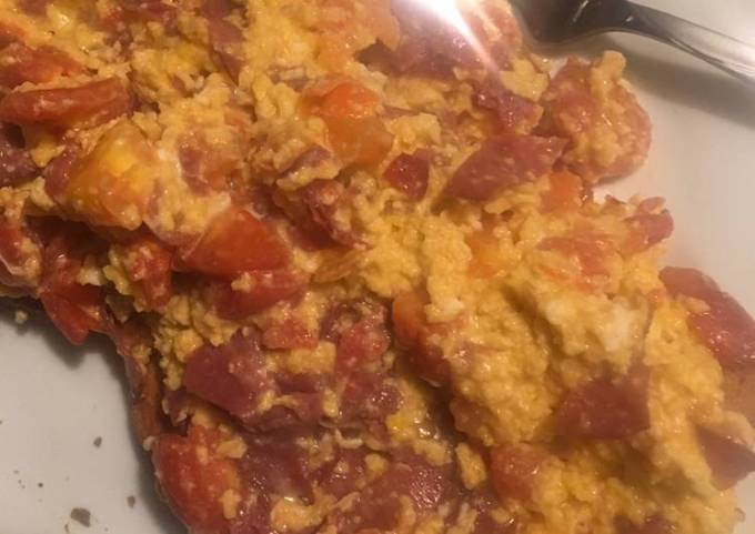 Scrambled Eggs Beef and Cheese