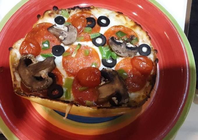 Keto Spaghetti squash pizza