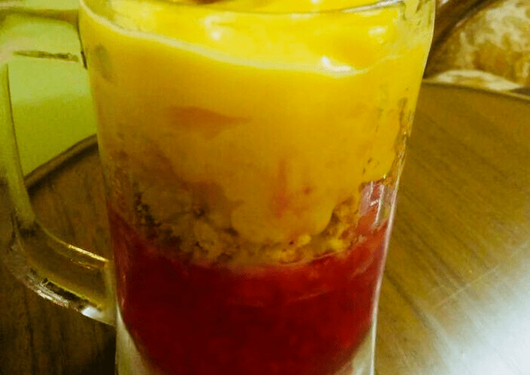 No Bake Mango Cheese Cake Mousse Jar with strawberry jelly