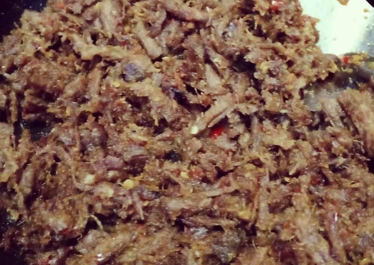 Suwir daging