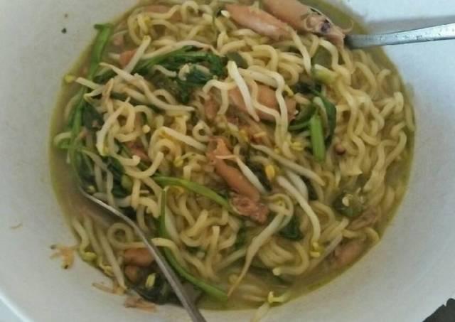 Mie Instan Seafood Ala Akyu