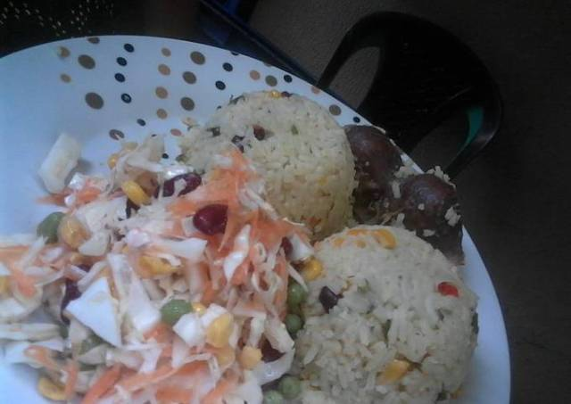 Spring Onions and Cabbage fried Rice, Graden salad with Gizzards