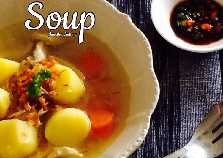 Soup ayam / Chicken stoup
