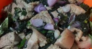 Babi Masak Bayam (Piong) Masakan Khas Toraja