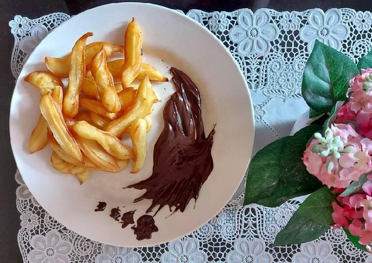 Churos dulit coklat