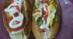 Hotdog isi telur ceplok